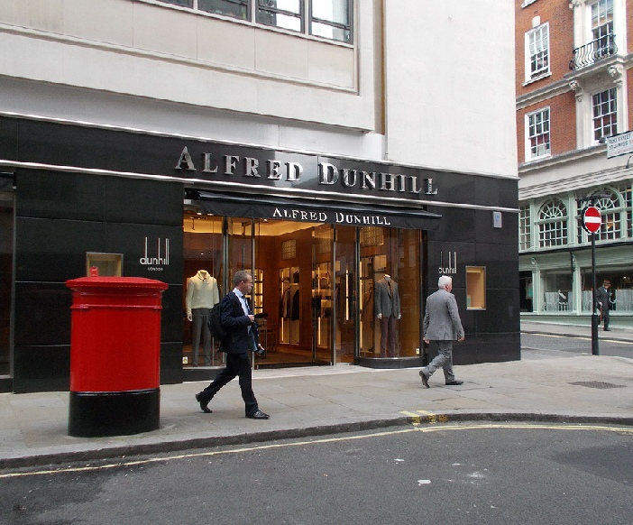 Dunhill shop in London's St. James's, near to Fortnum and Mason
