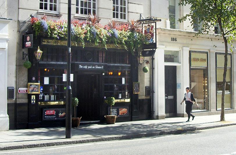 The Gloucester pub in London's Knightsbridge