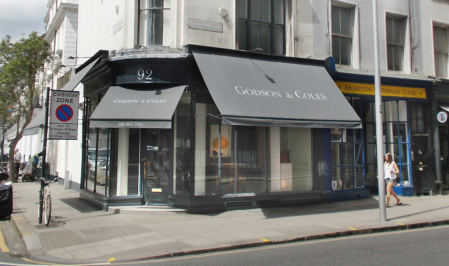 Godson and Coles art and antique dealers on London's Fulham Road