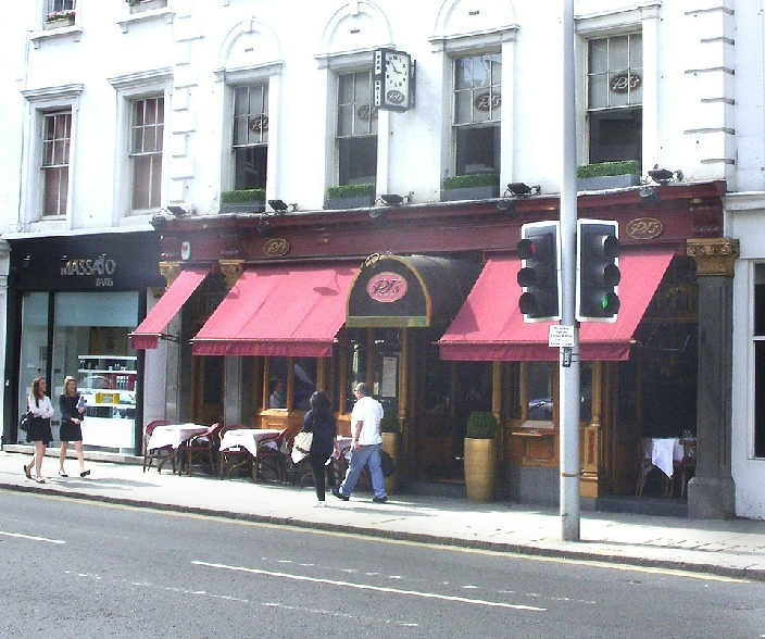 Pj's Bar and Grill in Chelsea, London
